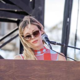 Lia Ices Concert Photo